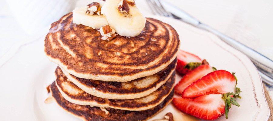 Banana oatmeal pancakes – healthy, sugar-free weekend breakfast