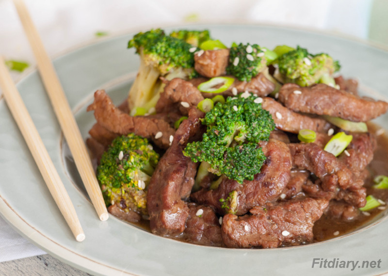 Healthy Beef and Broccoli – perfect easy to make dinner