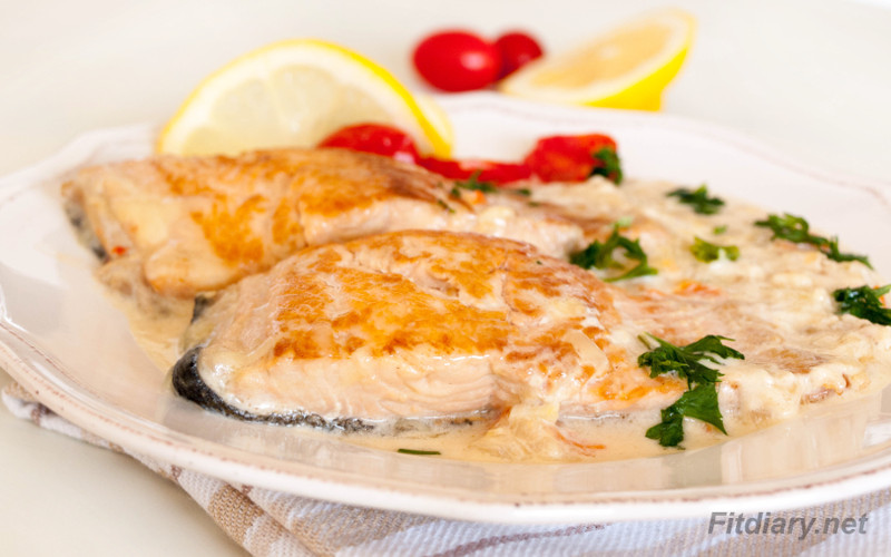 Salmon in Creamy Sauce – elegant healthy dinner