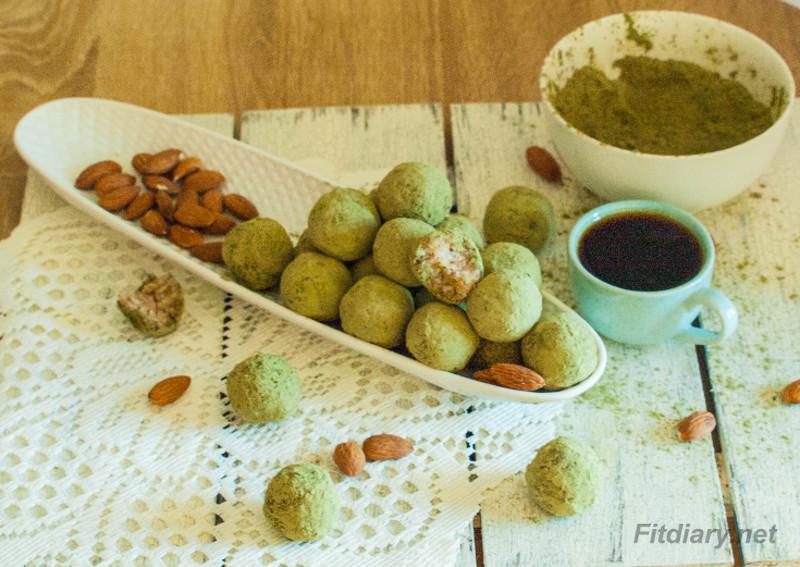 No Bake Matcha Green Tea, Coconut & Almonds Balls – delicious and beneficial snack