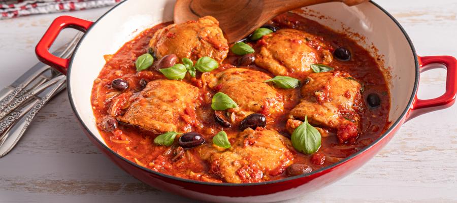 One Pot Chicken Puttanesca – healthy way to prepare chicken thighs