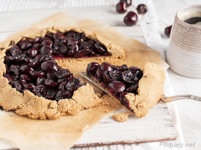 Healthy Cherry Galette – sugar-free, vegan dessert with health benefits