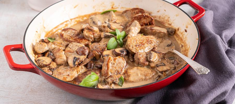 Pork Tenderloin Medallions in Mushroom Sauce – easy one pot dinner in 30 minutes