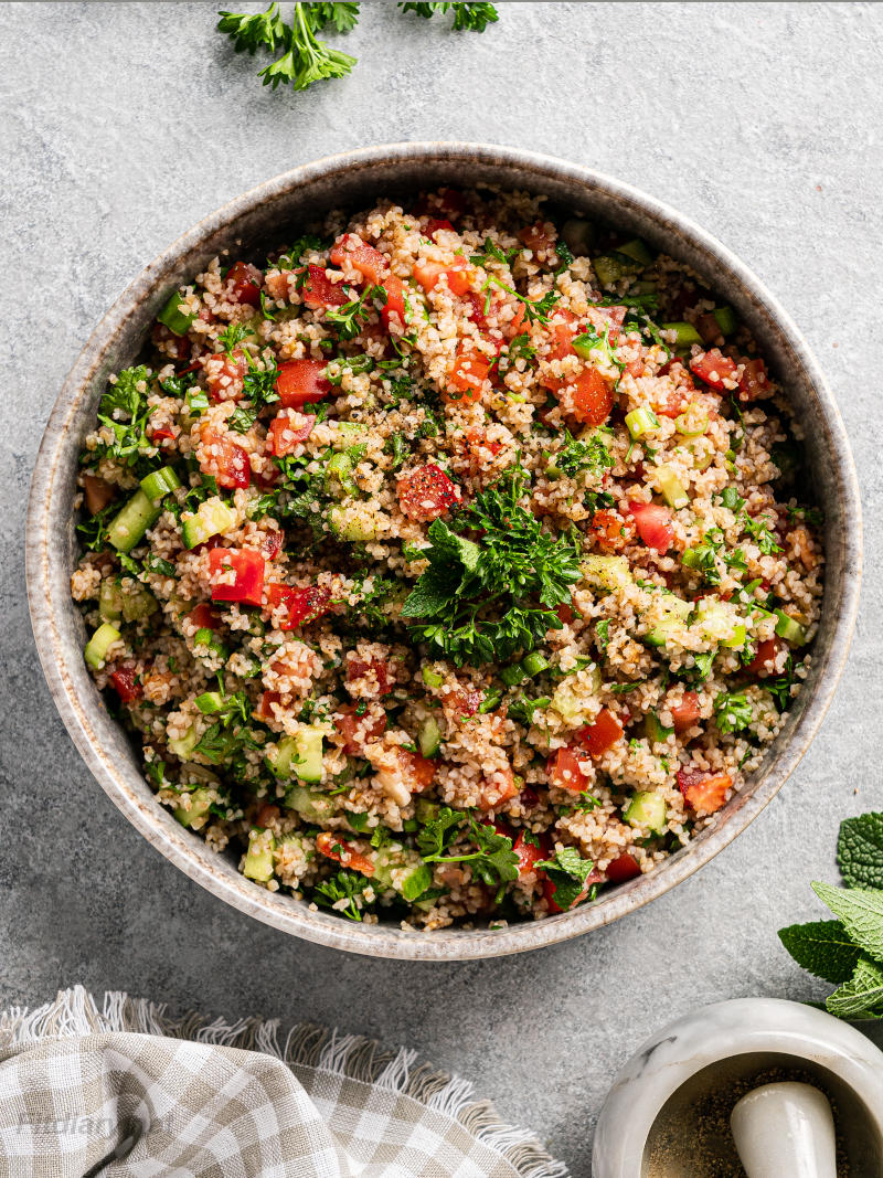 Tabbouleh Salad – easy recipe made with healthy ingredients